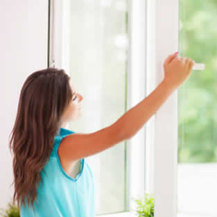 Glass & Glazing Repairs Bredbury