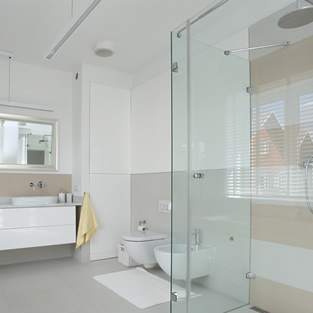 Shower Screens Adswood
