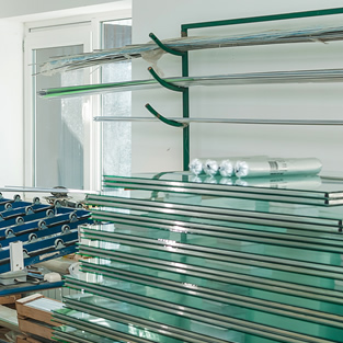 Glass Supplier & Manufacturers Woodley